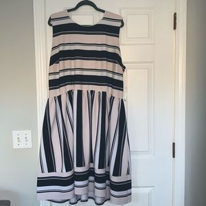 Sandra Darren plus size knee length dress